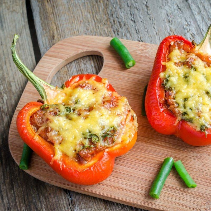 Gefüllte Paprika mit Hackfleisch und Käse
