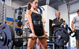 3 Gründe, warum Frauen Kreuzheben machen sollten Titelbild