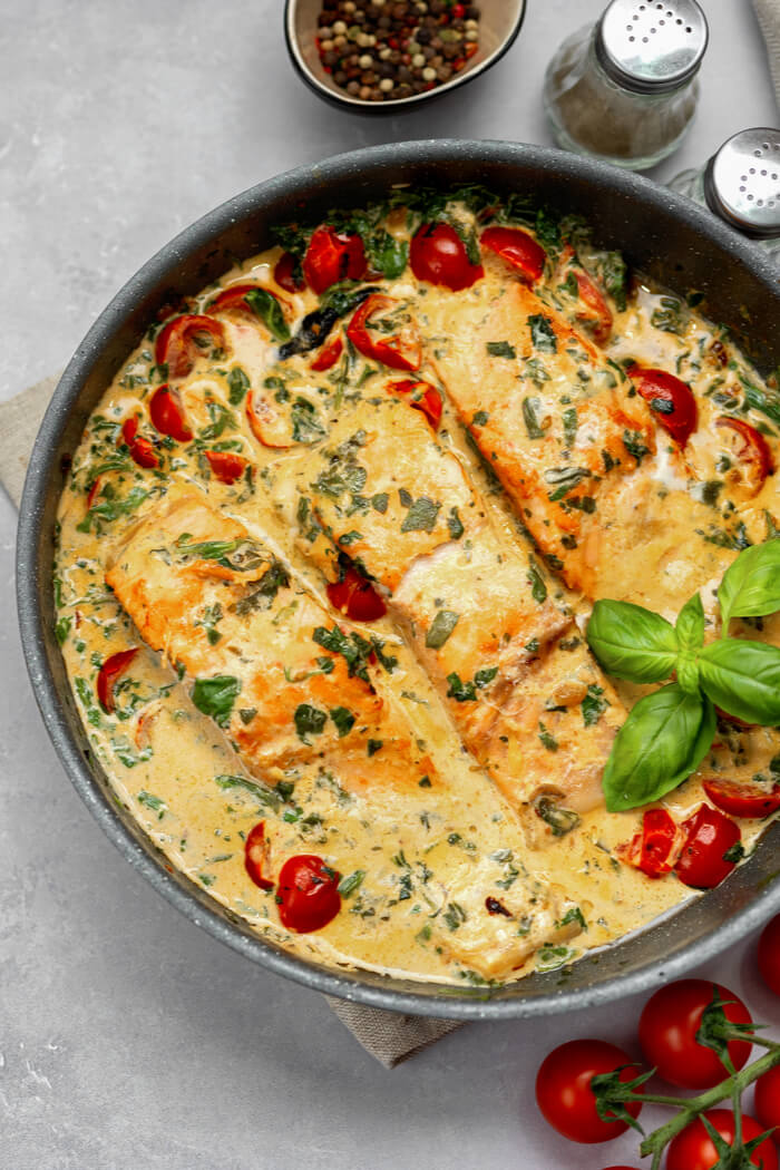 Toskana Lachs mit cremiger Sauce