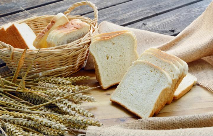 Weißbrot als schlechtes Lebensmittel zum Abnehmen