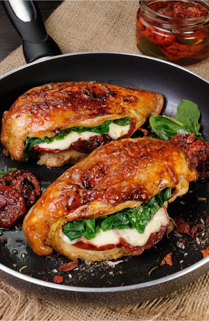 Gefüllte Hähnchenbrust als Abendessen zum Abnehmen